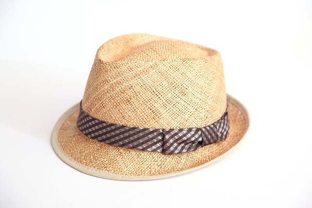 帽子に合うヘアアレンジ!暑い夏に欠かせない