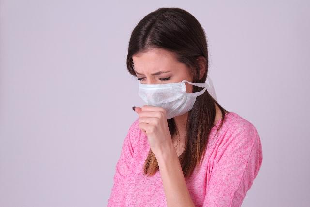 夏風邪が治らない時の対処法。熱だけの場合と喉の痛み