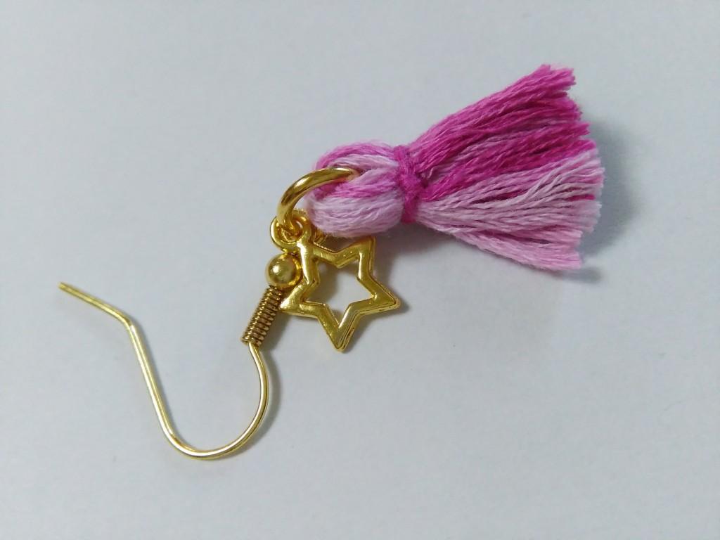 タッセルの作り方刺繍糸編!ピアスなどのアクセサリーに