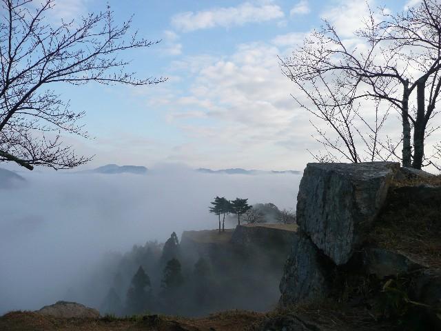 竹田城跡の雲海の見ごろと時期!お土産のおすすめ